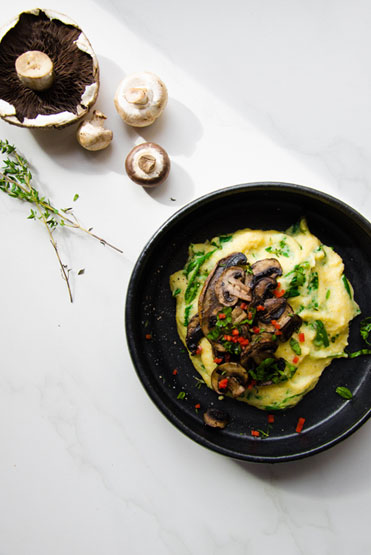 Spinach Polenta with Thyme Mushrooms