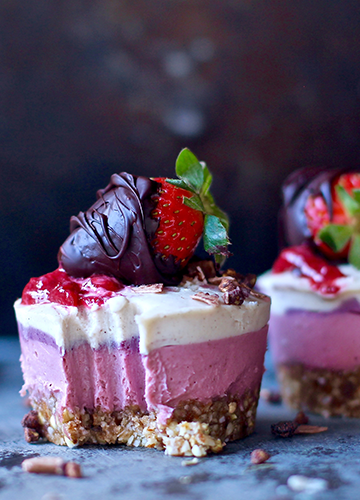 Strawberries & Cream Cheesecakes