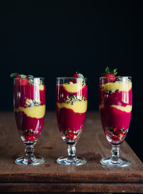Deluxe Buckinis Mango & Strawberry/beet Parfait