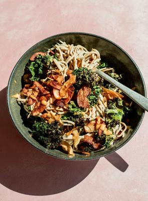 Crispy Kale & Coconut Bacon Soba Salad with Creamy Cashew Miso Dressing